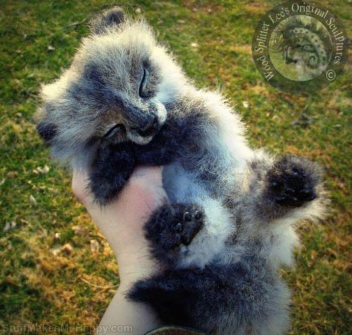 Jouets animaux réalistes exceptionnels faits de laine par Lee Cross