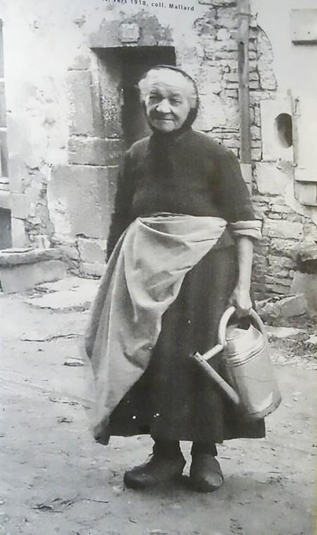 """""""Femmes et familles du Pays Châtillonnais en temps de guerre"""", une très belle série de photos mise en scène par Judith Baudinet au CSCL"""