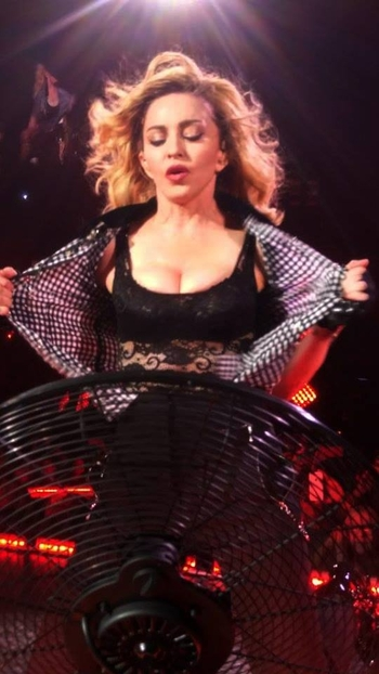 Rebel Heart Tour - 2015 09 16 - NYC (14)