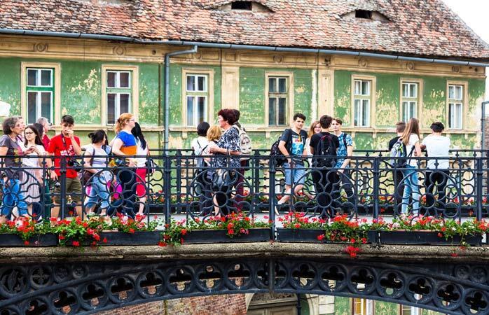 D'après la légende, le pont des mensonges des Sibiu commencera à trembler si quelqu'un raconte un mensonge tout en marchant dessus