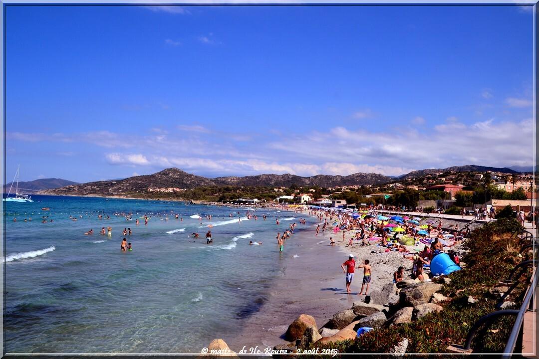 Sur la plage d'Île-Rousse - Corse