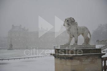202299-le-senat-sous-la-neige