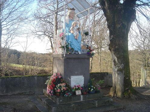 File:Église Notre-Dame d'Espinasse 4.jpg