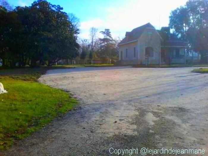Podensac Gironde Aquitaine ville de Podensac 33 Restauration du parc Chavat