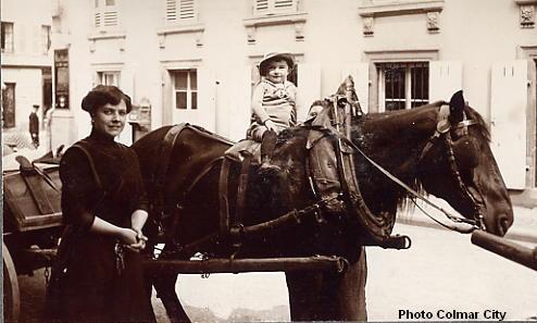 Portraits de famille :  Alsace il y a 100 ans