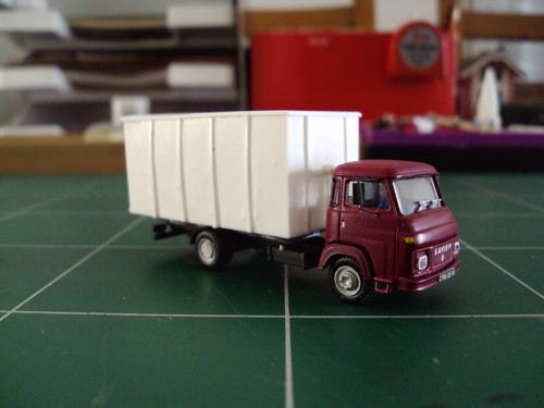 Camion Saviem SG 2 évolutif III