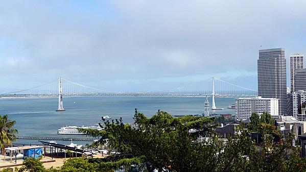 San-Francisco-Vue-sur-Embarcadero.jpg