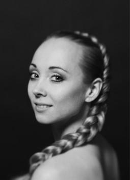 27/11/2011 - Anna Merkulova