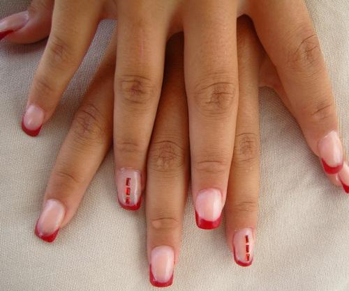 Nail art : La fille en rouge