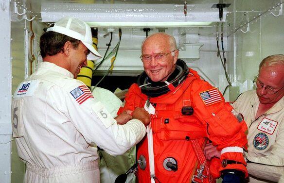 L'astronaute John Glenn est mort...
