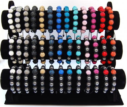 Ces petits bracelets si connus et beaux !