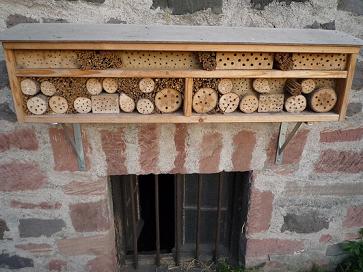 Créer un hôtel pour abeilles ...