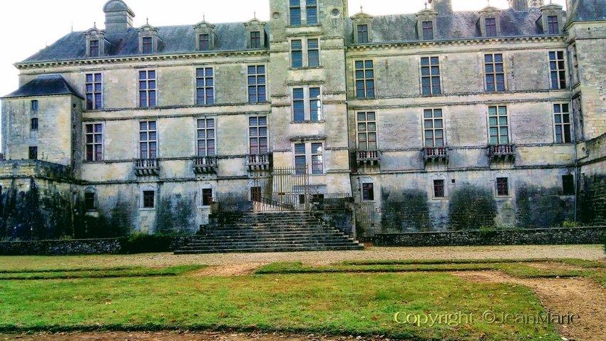 le Château des Ducs D'Epernon a Cadillac (gironde)