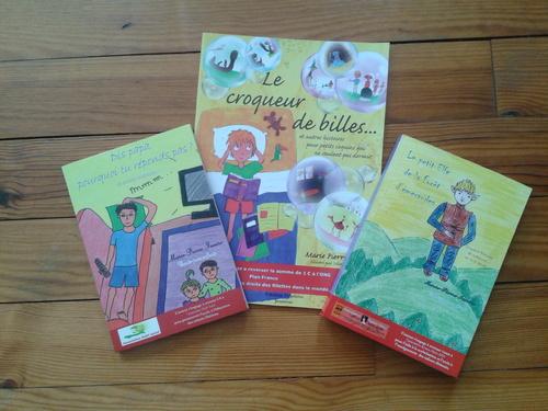 Dédicaces des 3 recueils de contes à la librairie BERRIKETA le 12 octbre 2013