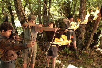 Enfants archers dans