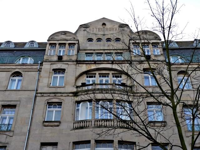 Avenue Foch de Metz 39 04 02 2010