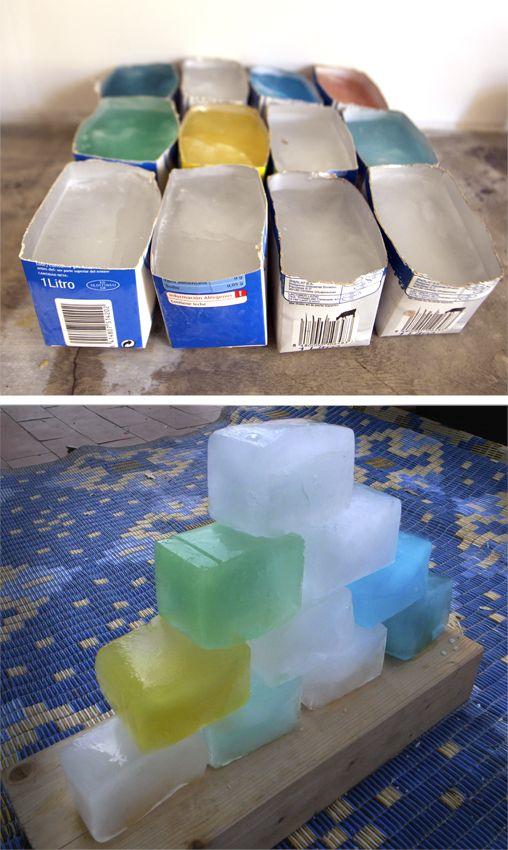 construire avec des blocs de glace maternelle leblogdelamaitresse.eklablog.com IME activités sensorielles