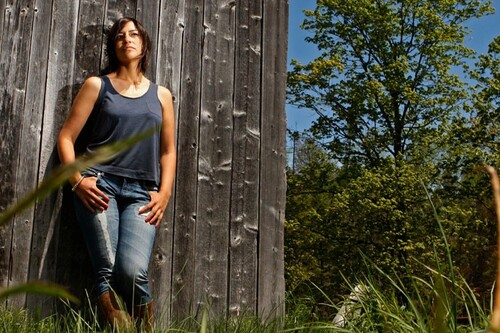 ISAAC, Elisapie - Turning My Back, Native canadian, Inuk (Musique du monde)