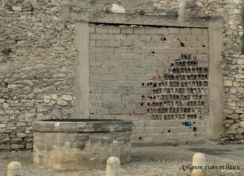 Offrandes votives-offrandes profanes dans l'art contemporain