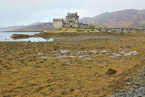 Eilean Donan Castle - Loch Ness