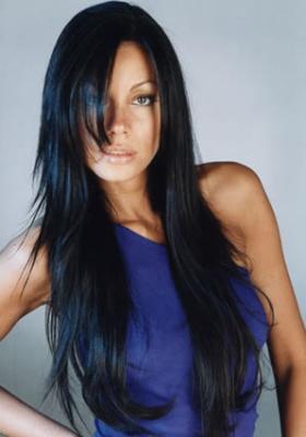 coloration cheveux noir bleuté