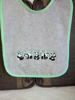 PANDA bavoir bordure