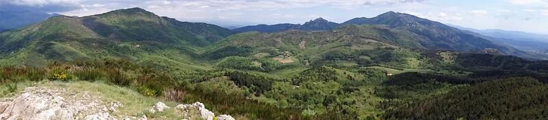 * SAINT-LAURENT-DE-CERDANS le Mont Capell