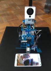 Trucs en vrac ! mBot et caméra connectée sur servomoteur, premier essai...