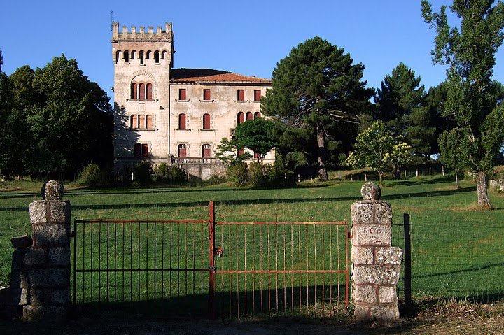 Château de Quenza.jpg