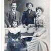 une famille années 1910 ou 20