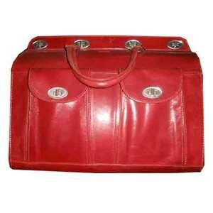 valise cuir rouge