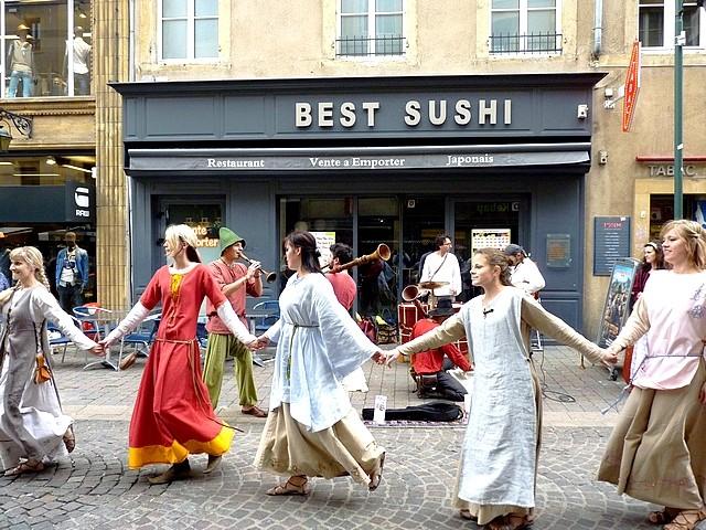 Annimation médiévale de rue à Metz 2 Marc de Metz 16 07