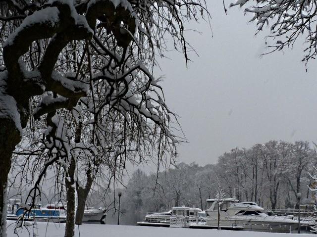 Marchés de Noël 2010 sous la neige 1 mp1357 - 18