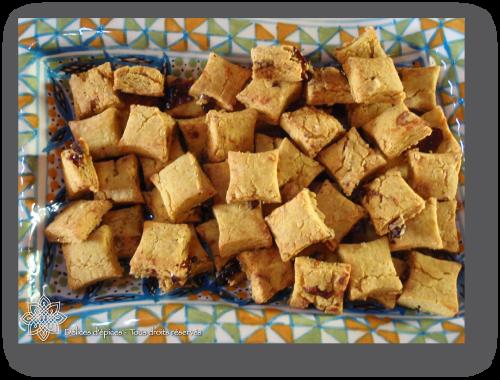 Biscuits aux pois chiches, tomates séchées et curry