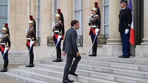 -7 % : la popularité d'Emmanuel Macron en chute libre, selon un nouveau sondage