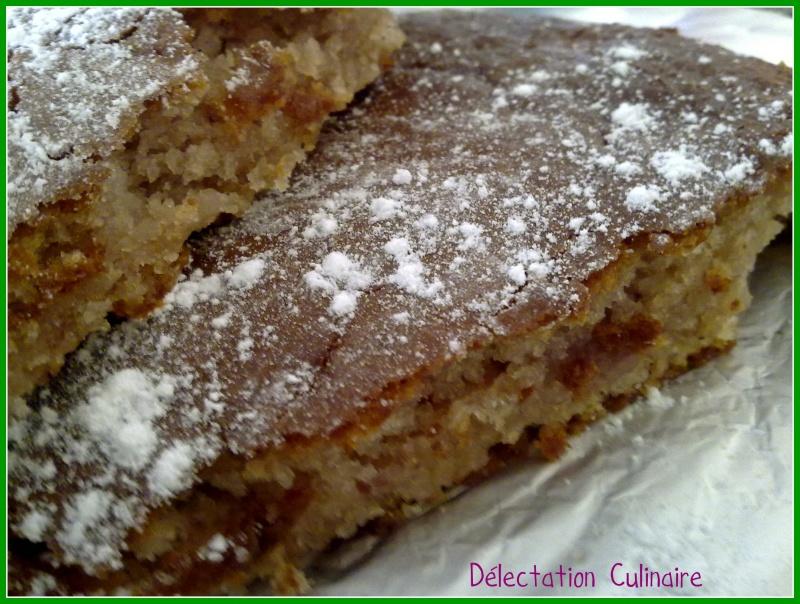 Gâteau aux yaourts à la fraise et pépites de chocolat blanc ....