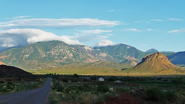 Jour-4-Castle-Valley-La-Sal-Mountains.jpg