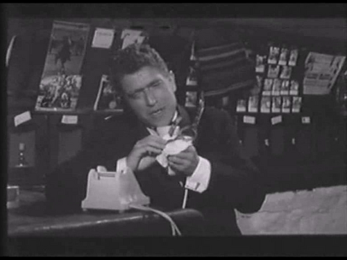 DECLIC ET DES CLAQUES - BOX OFFICE ANNIE GIRARDOT 1965
