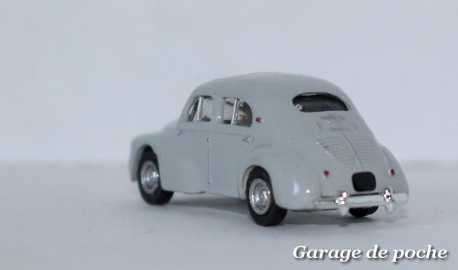 Renault 4cv Norev au 1/86