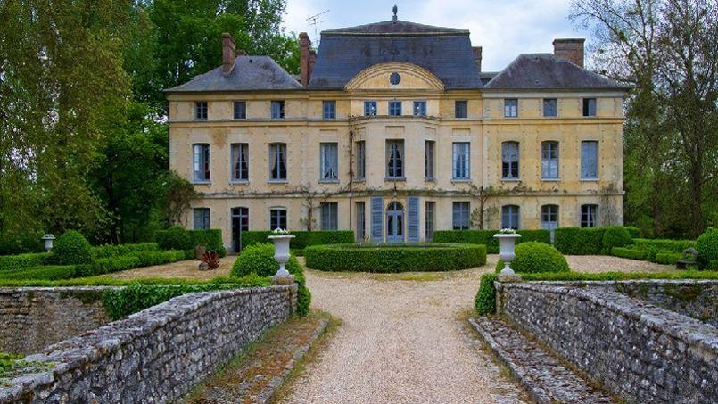 chateau a vendre belgique. Black Bedroom Furniture Sets. Home Design Ideas