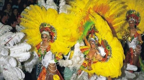 Connaissez-vous le carnaval de Santa Cruz ?