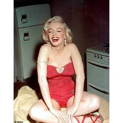 MODE * MARILYN MONROE - PORTAITS * SEANCE PHOTO
