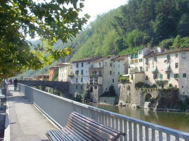Bagni di Lucca apartment rental - The apartment on the bridge