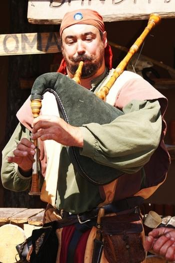 Vincent - Sonneur de veuze - Fêtes médiévales