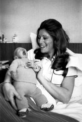 10 avril 1975 : Le bonheur