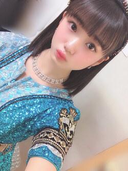 C'est le dernier mois.  Yokoyama Reina