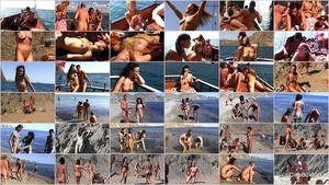 1193.jpgPurenudism. Summer Boat Trip.