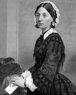Florence Nightingale est la pionnière des soins infirmiers