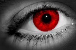 chronique de la dame en rouge : les yeux