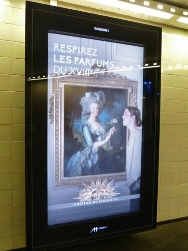 affiche numeri flash Versailles parfum